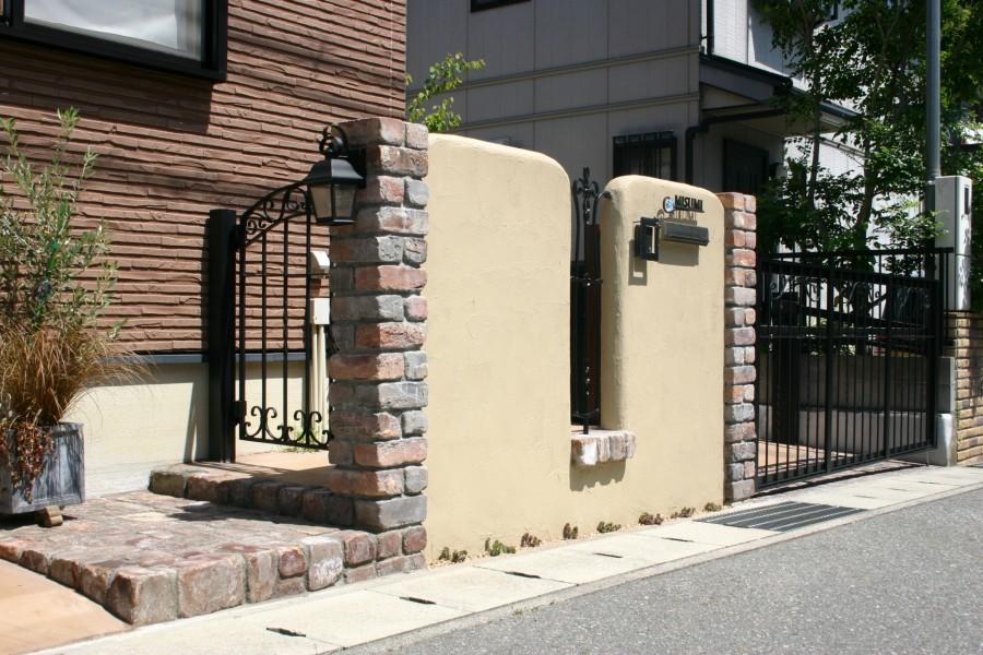 耐火煉瓦でクラシックなデザイン 太子町M様邸2
