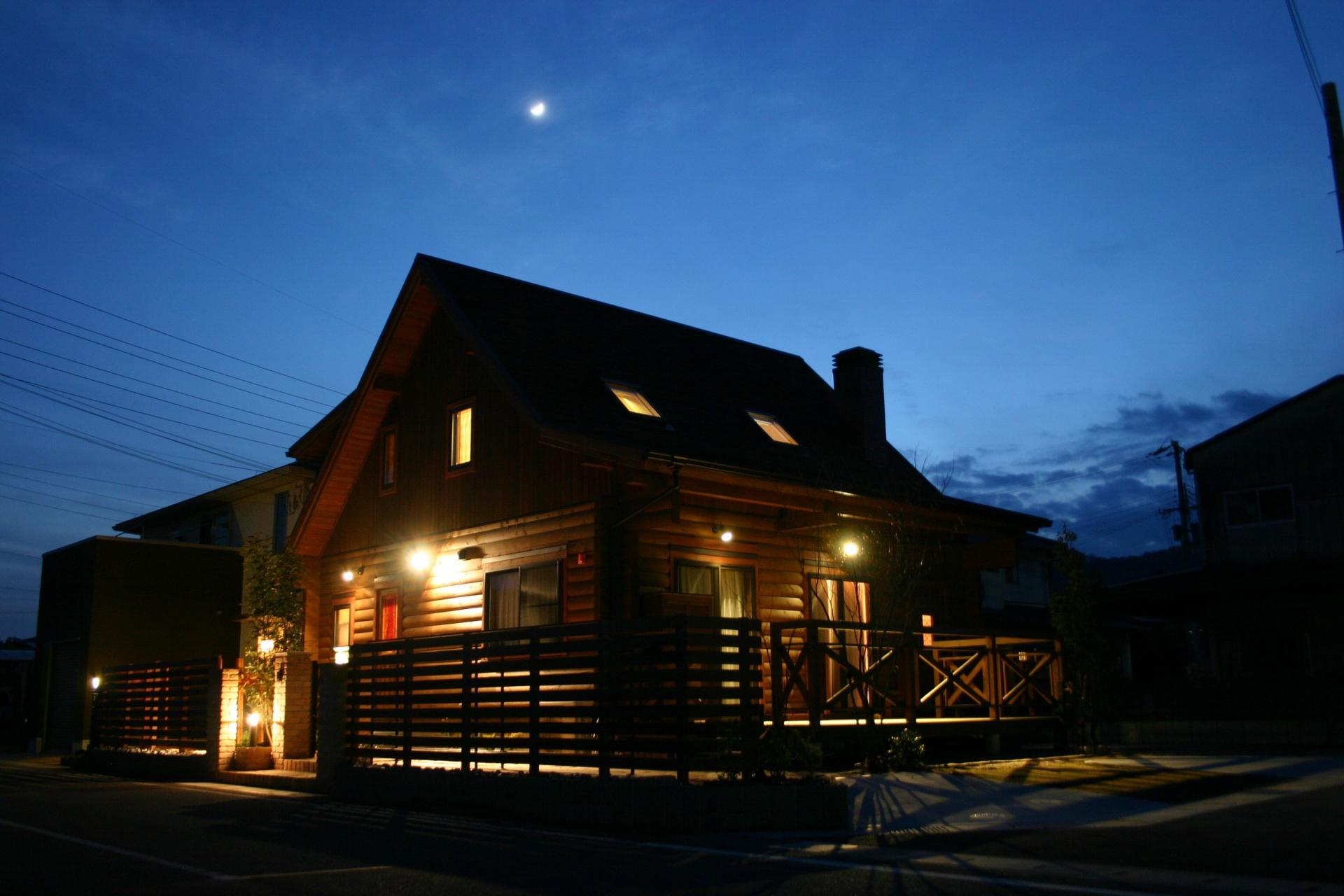 ログハウスのお庭 たつの市P様邸夜写真