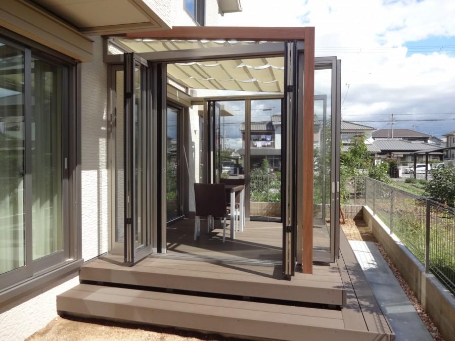ジーマガーデンルームとウッドデッキ 加古川市M様邸完成写真