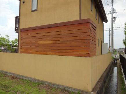 温かみのある木製自転車置き場 加古川市T様邸4
