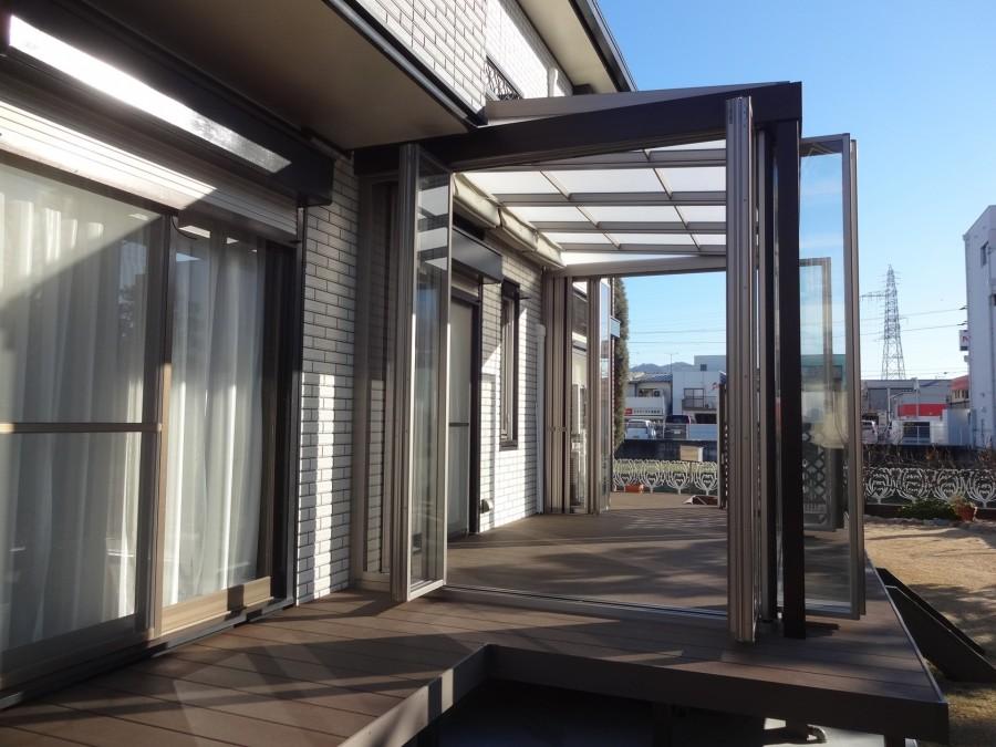 四季の変化を五感で感じるジーマガーデンルーム側面折戸オープン 太子町T様邸