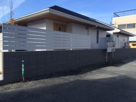 建物と統一感のある目隠しフェンス 姫路市K様邸5