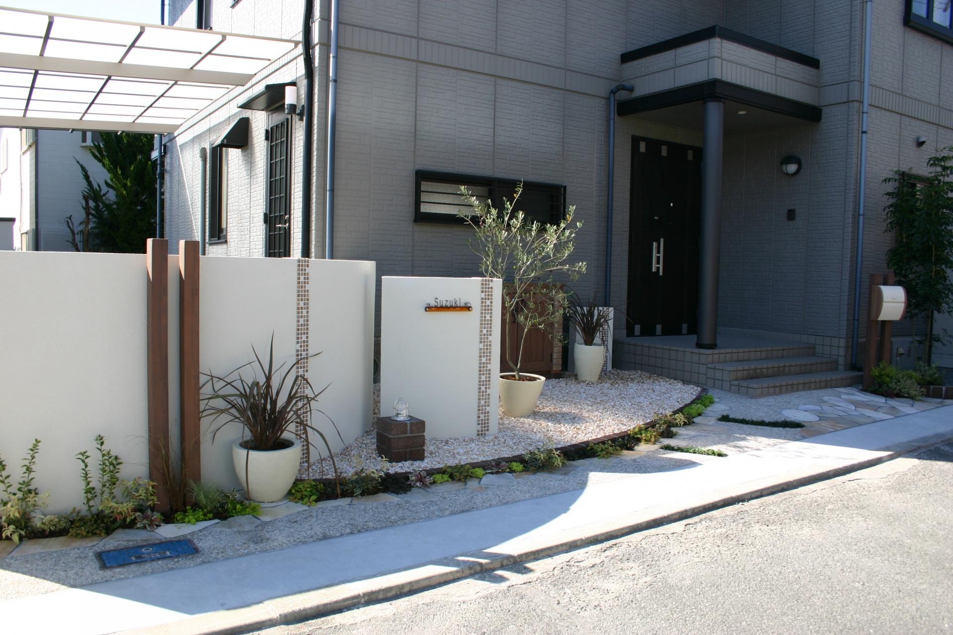 姫路・太子の外構、エクステリア・ガーデンショップ エクステージのひがしぐち たかしです。