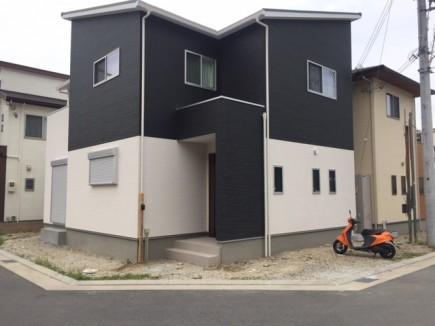 建物と調和した白と黒のモダンエクステリア 加古川市N様邸施工前