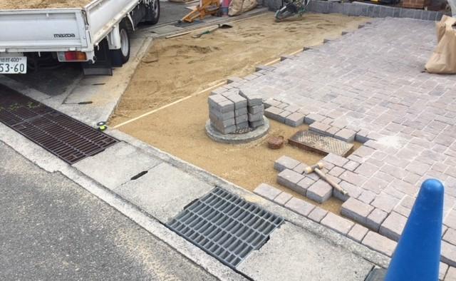 姫路市M様邸土間ユニソン:アッピア アジロ貼り仕様