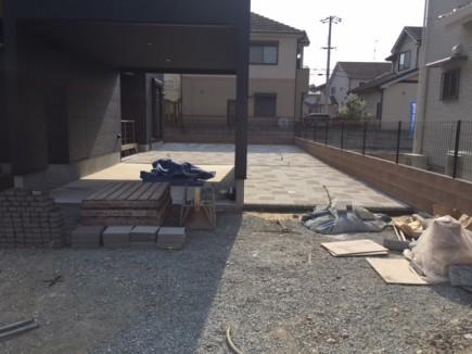 姫路市M様邸お庭工事300□UDウォーク敷き3