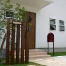 自然素材と自然石で可愛いい門回り 宍粟市K様邸1