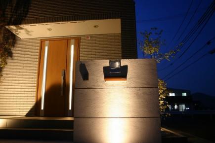 姫路市A様邸門回りライトアップ1