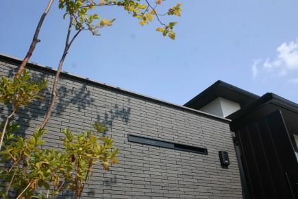 建物との対比が美しい上品な門回り 加古川市S様邸陰影