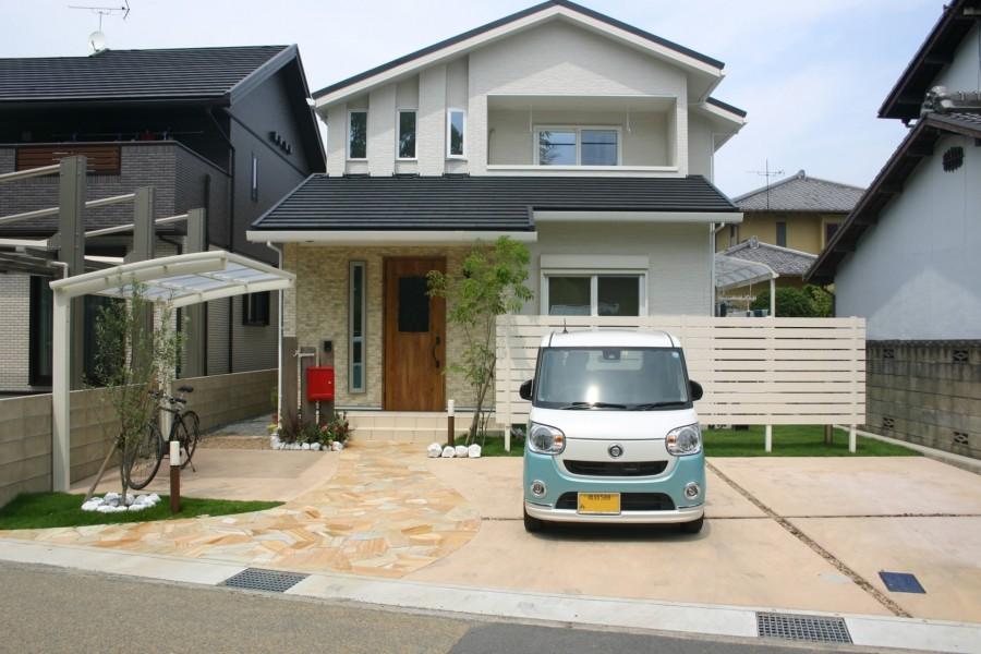 自然石乱張りアプローチ 加古川市F様邸2