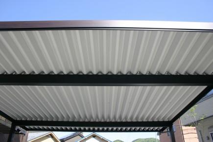 折板屋根カーポートSW