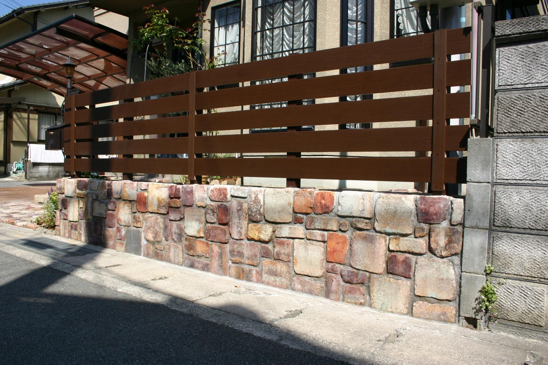耐火煉瓦でおしゃれにリフォーム たつの市Y様邸施工後 塀+フェンス